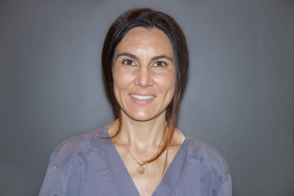 dentiste spécialisé dans les implants dentaires